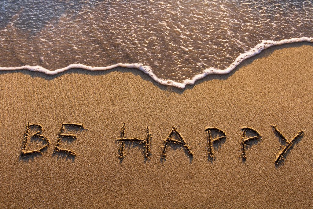 Be Happy Sand Art Quote Ocean Wave 4K Wallpaper