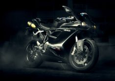 Bike Black Sport Bike 4K Wallpaper