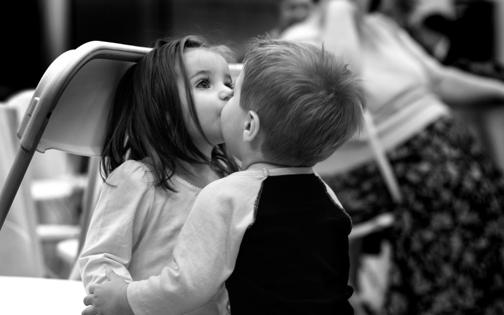 Cute Kids Kissing Monochrome Love 4K Wallpaper