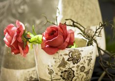 Flowers Red Rose Decoration Interior 4K Wallpaper