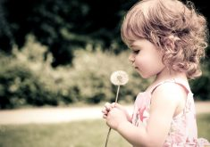 Girl Kid Child Cute 4K Wallpaper