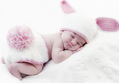 Kid Cute Child Sleeping Pink 4K Wallpaper