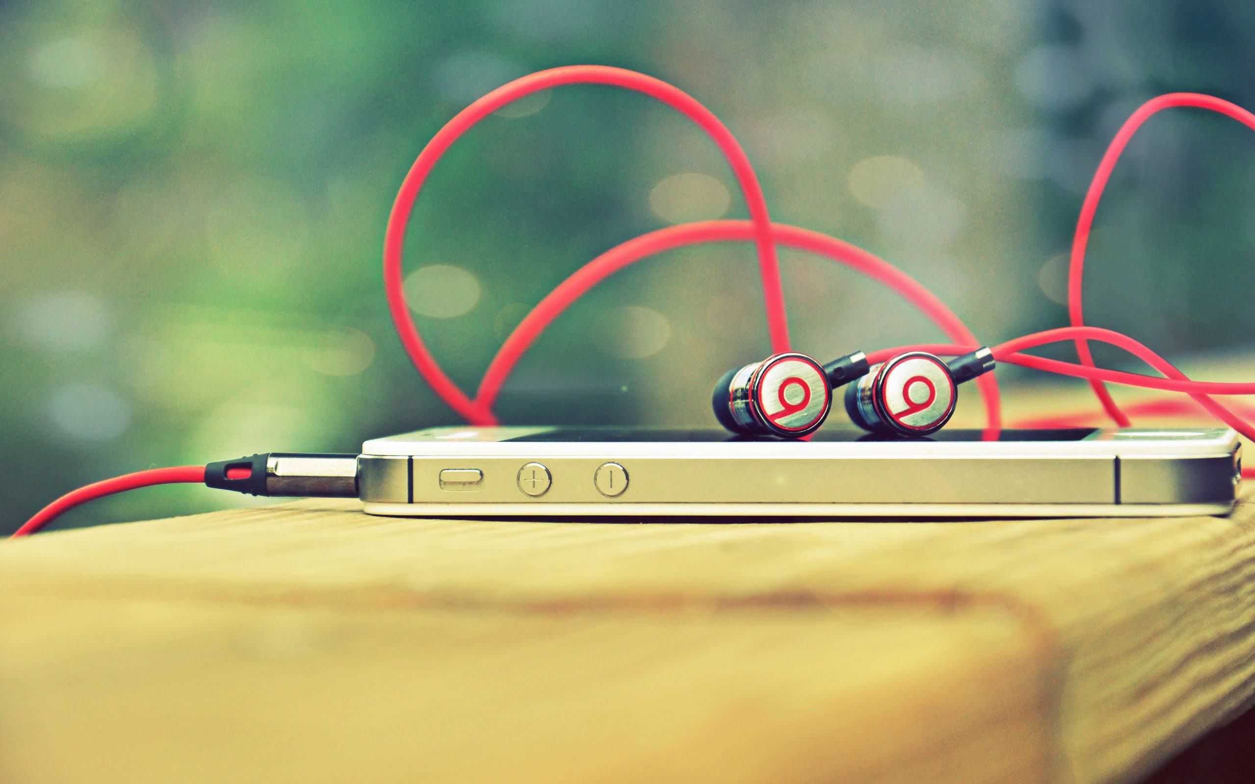 Great Wallpaper Music Iphone 4s - music-iphone-beats-red-headset-4k-wallpaper-2560x1600  Perfect Image Reference_104766.jpg