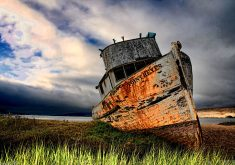 Ship Rust Abandoned Old 4K Wallpaper
