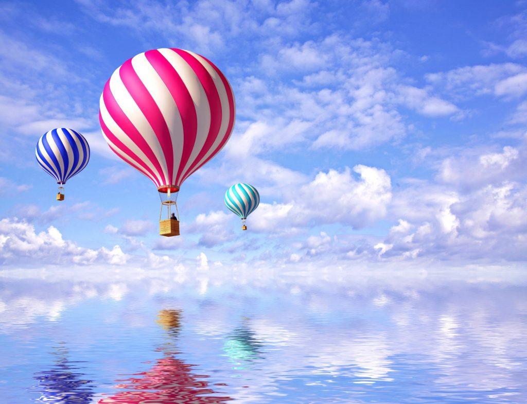3D Balloons Blue Sky Reflection Water 4K Wallpaper