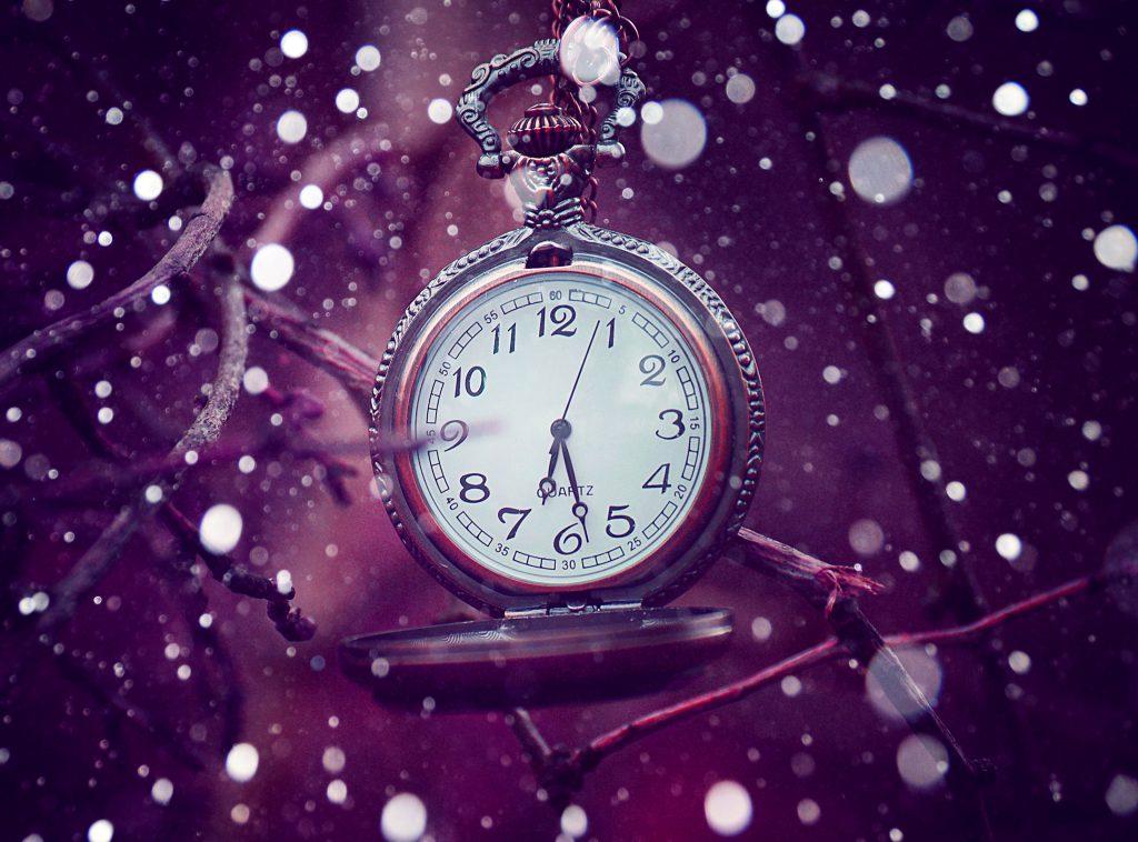 Clock Bokeh Purple 4K Wallpaper