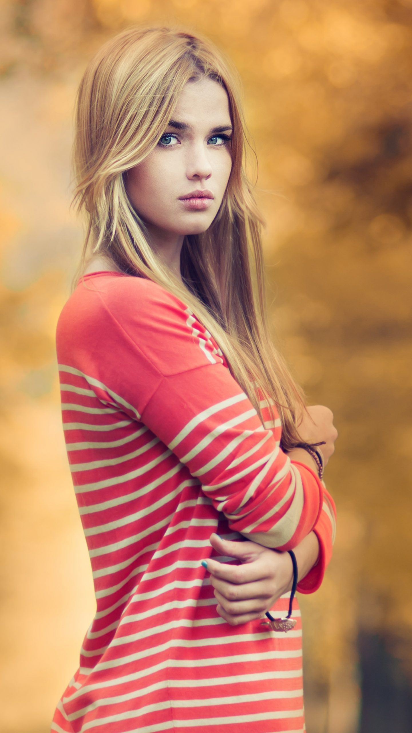 Girl In Red Beautiful Bokeh 4K Wallpaper - Best Wallpapers-9741