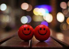 Happy Smiley Red Bokeh 4K Wallpaper
