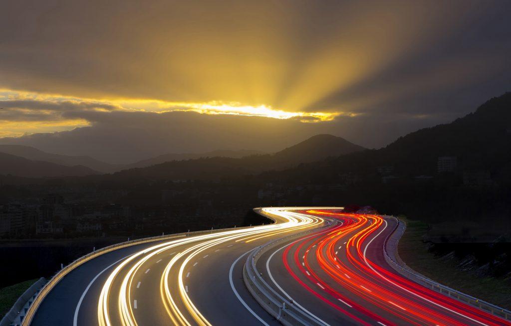 HightWay Road Path Way Traffic Lights 5K Wallpaper