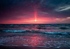 Pink Sunset Blue Ocean Water 4K Wallpaper