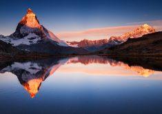 Apple Mountain Reflection 4K Wallpaper