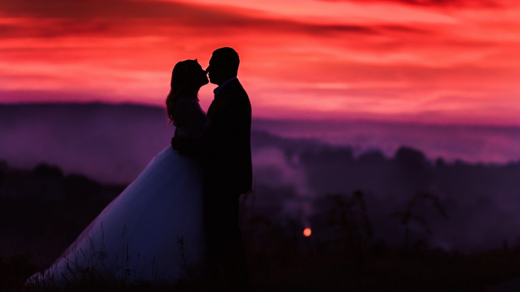 Love Couple Wallpaper Hd 1080p Free Download 53 Find: Lovers Couple Sunset Dusk 5K Wallpaper