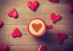 Red Hearts Coffee 4K Wallpaper