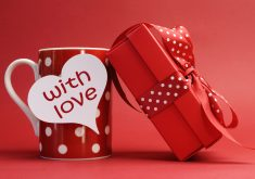 Red Mug Gift Love 4K Wallpaper