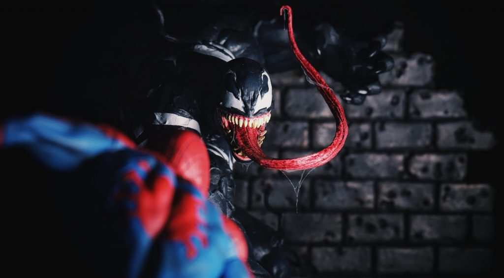 Venom vs Spiderman 5K Wallpaper
