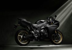 Yamaha Black Bike Motorcycle 5K Wallpaper