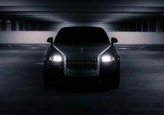 Black Rolls Royce Luxury Car 5K Wallpaper
