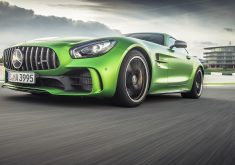 Mercedes-Benz AMG GTR Green 4K Wallpaper